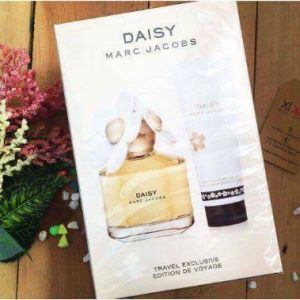 MARC JACOBS - Daisy Giftset (1NH 100ml, 1 Body Lotion 75ml)